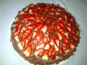 bolo de morangos