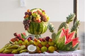 mesa com melancia