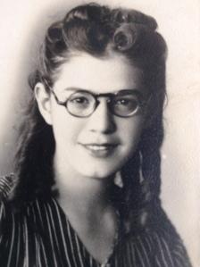 minha mãe jovem